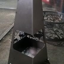 уличный камин из металла